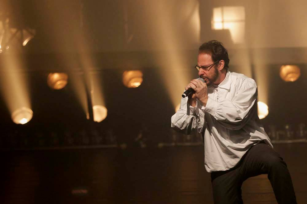 """Bruce Gomlewsky em """"Renato Russo - O Musical"""""""