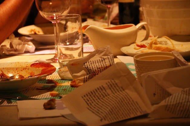 Figura 9 – Exemplo do conjunto narrativo de jantar sendo usado no jantar  Fonte: www.lululux.com.br (2019)
