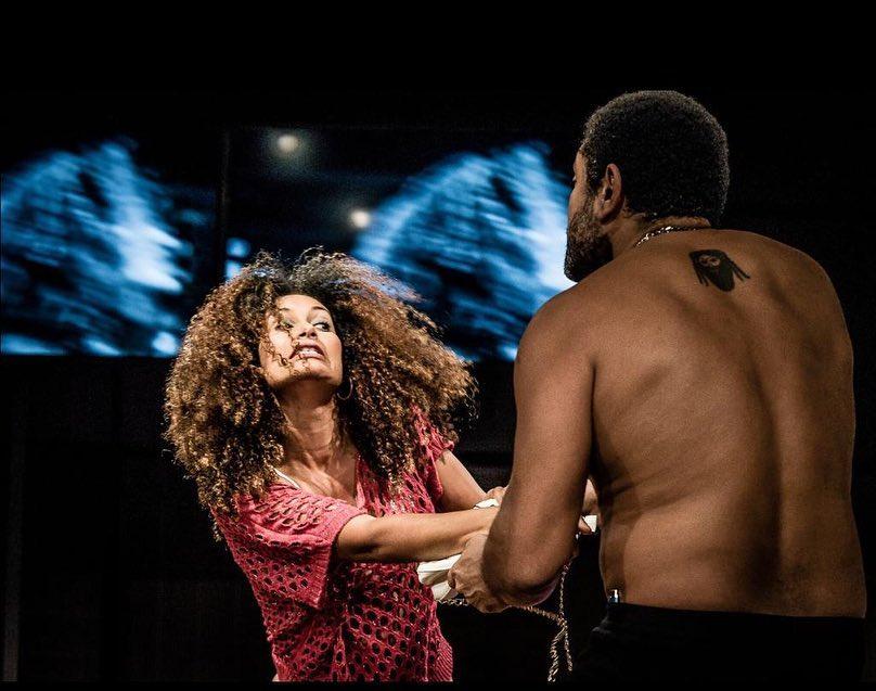 Por Sergio Fernandes - NAVALHA NA CARNE NEGRA Com Lucelia Sergio e Rodrigo dos Santos