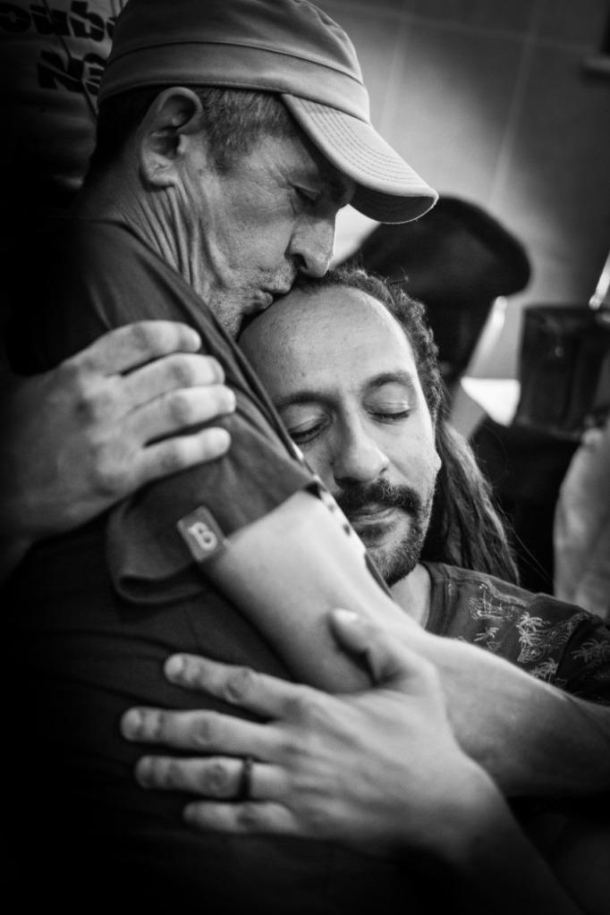 Claudio Assis e o parceiro e ator Irandhir Santos