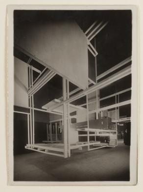 Fig 6. Cidade Espacial, Exposição inter- nacional de artes decorativas e indus triais modernas, Paris, 1925 Fonte https://www.mumok.at/ en/general-information-0