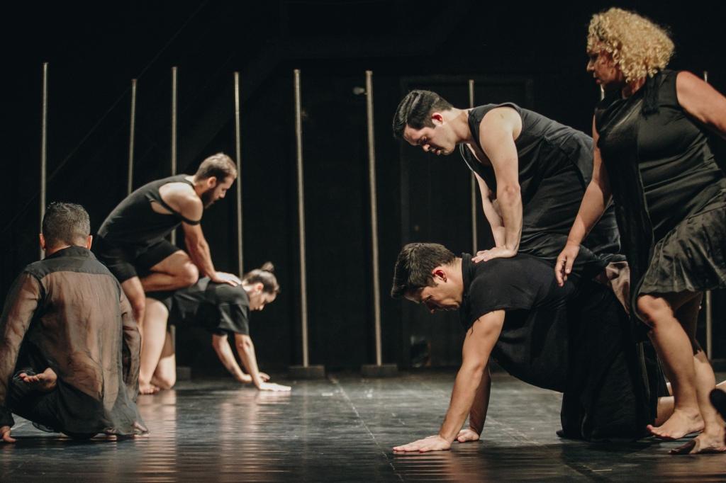 BANDO a dança que ninguém quer ver (2022) - Por Brunno Martins