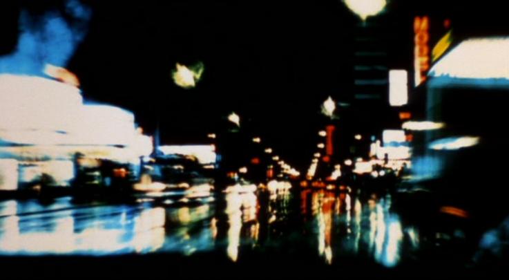 Detalhe das ruas noturnas em TAXI DRIVER